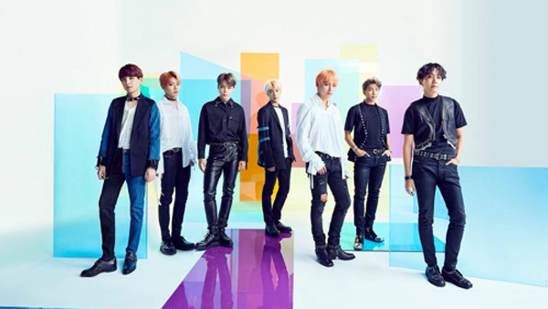 <p> Japanese Extreme right forces to be(a freaking 韓) - Anaerobic(well-oriented 韓) movements in the group BTS and girl group TWICE the Japan Oricon Weekly Chart 1 for swept.</p><p>13, Oricon News according to the BTS this past 7 days on sale in Japan single Fake Love/airplane part. 2(FAKE LOVE/Airplane pt. 2)weekly singles chart, TWICE go the last 5 days in the country embellish the mini album Yes Oh Yes(YES or YES)is a weekly albums chart 1 above, each climbed.</p><p>BTS is Oricon points(Oricon is selling based on the score) 45 million 4 thousand 829 points, TWICE by about 3 million 3 thousand points. BTS - overseas artist for the first time released the first week of the 40 million points flips. TWICE in the released Japanese album, Not Korean album Weekly Chart # 1 in first climbed.</p>
