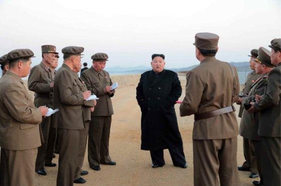 북한이 새로 개발한 '첨단전술무기'는 뭘까[스포츠사이트|생바카라]