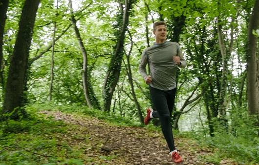 숲속을 달려요, '트레일 러닝'의 건강 효과