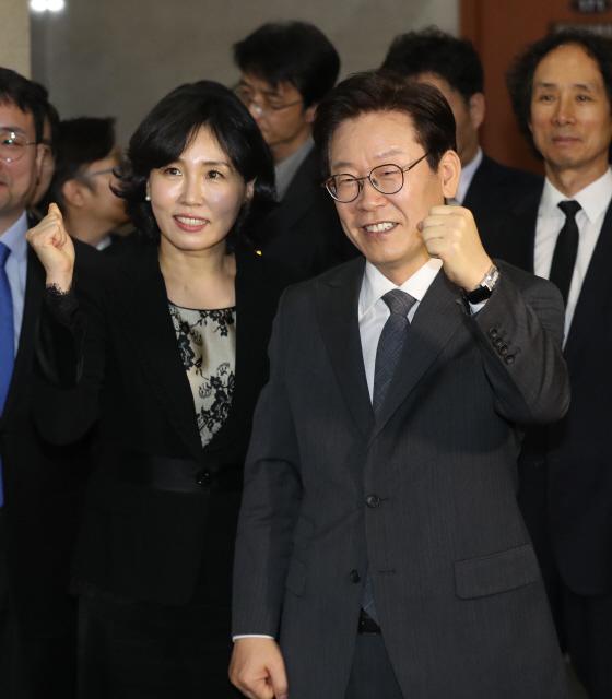 '혜경궁 김씨 사건' 스모킹건은?..경찰 VS 이재명 '쟁점 총정리'[스포츠토토야구|바카라강원랜드]