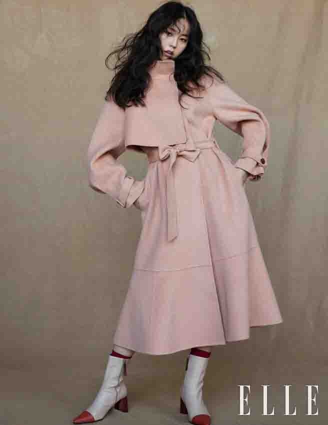 <p>Lee Byung Hun, Han Ji-min, Kim Go-eun as acting actors Agency BH Entertainment and a permanent contract after the fans selected the first fashion pictorial. Sohee is the fashionista answer to the colorful, feminine, Holy digest, and data for eight tone charm showed off.</p><p>In the shooting, officials are shooting in the atmosphere to overwhelm the power. The skin is too like the lighting as it is absorbing that like a beautiful surprised.and to prayer.</p><p>This photoshoots theme is The Holiday lookwith a special party and many Year season look aimed. Detailing on the fun to get coat and a padded jumper as a party look but not the styling. Ruffled collar is a coat or a balloon in The Shape of a short jumper is feminine and cute free.</p><p>Learn Sohee is currently in the film single ridersince to start to review.</p>
