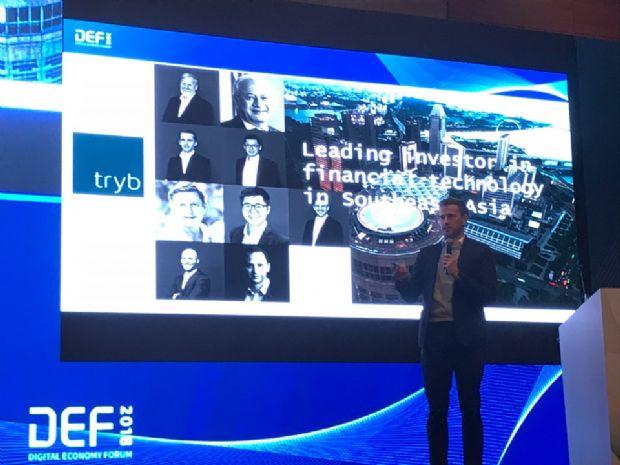 22일 서울 여의도 콘래드 호텔에서 열린 '2018 혁신성장을 위한 디지털 이코노미 포럼'에서 마커스 너크 싱가포르 핀테크연합 창립위원이 '핀테크 3.0 플랫폼의 출현'에 대해 의견을 제시하고 있다.(사진=지디넷코리아)