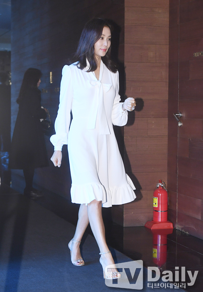 <p> Actress Ko So-young, this 28 am Seoul Jung-GU Jangchung-Dong Banyan Tree Spa Seoul in the open to drag the thread-level new product launch Chugai Travel to attend.</p><p>New products Chugai Travel</p>