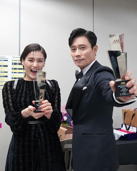 배우 이병헌(오른쪽), 김용지 /사진=BH 엔터테인먼트 공식 인스타그램