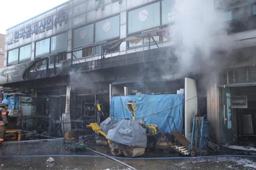 인천 건설기계 수리점서 불..화목난로 불씨 때문으로 추정[라이터 토토|페로몬 토토]