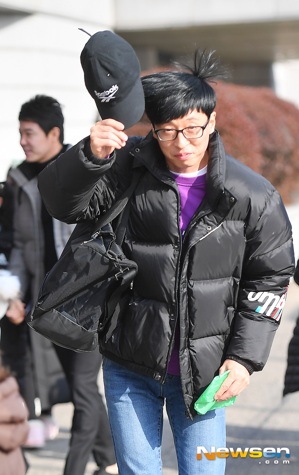 <p>KBS 2TV 'Happy Together Season 4' recording is 12 15 PM Seoul Yeongdeungpo-GU Yeouido Dong KBS Annex building in progress.</p><p>This day, Yoo Jae Suk this greeting.</p><p>A drama 'why so upwind weather' special recording with MC Yoo Jae Suk, Hyun, Jo Yoon Hee, Jo Se-ho as a guest not to come, this time, Yichang cute, Kim Ji Young(child artists)attended.</p>