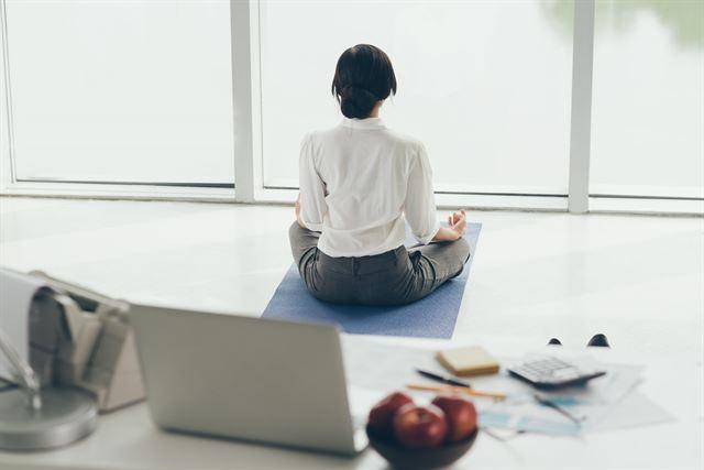 정신 건강에 대한 관심이 크게 증가하면서 온라인 명상 시장도 가파르게 성장하고 있다. 게티이미지뱅크