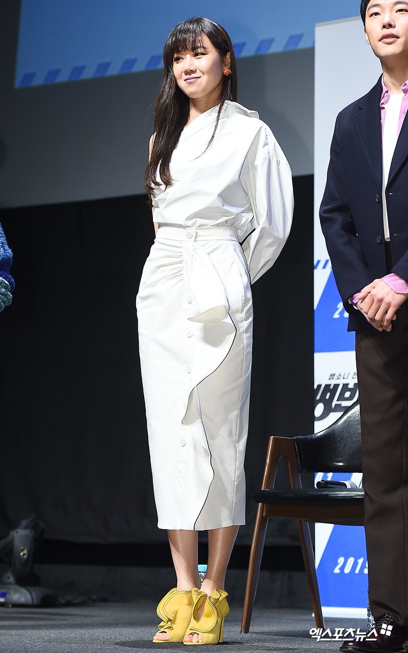 <p> 20 am Seoul shinsa CGV Apgujeong opened in the movie 'Hye-Jin Jeon' Production report society attend actress Gong Hyo-jin this greeting.</p>