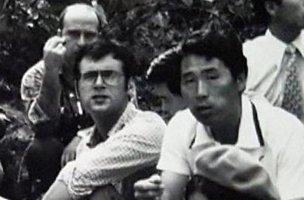 1975년 위르겐 힌츠페터와 김사복씨의 모습. 김승필씨 제공