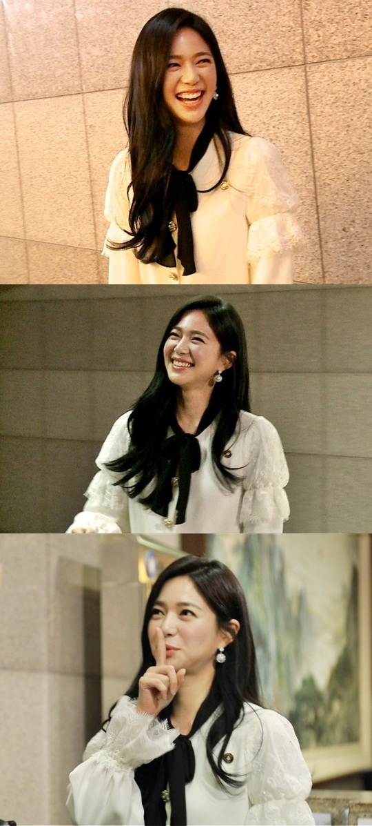 <p>Actress Lee Elijah with SBS Running Manappeared.</p><p>12 30 broadcast of Running Manon the topic of the drama 'Empress of elegance'Luxury The Villainess Lee Elijah with surprise appearances.</p><p>Lee Elijah is a recent 'Running Man' recording appeared to surprise everyone. This day, 'Running Man' recording to a place near you on the 'Empress of elegance' shoot, Lee Elijah chance of 'Running Man' team and met it.</p><p>Lee Elijah 'Running Man'regulars appeared as a guest whenever the topic give birth and form to unfold. Unexpected encounters in the amiable half that beauty even for a moment, tense chase as its a wild race to Lee Elijah the drama belongs to The Villainess instincts awaken and wait in tremendous consequences that active unfolding eye-catching.</p><p>This day last week this Jeon Hye-Bin, Sooyoung, night, one, Michael Bublé, sex lessons starring couple lace decorated.</p>