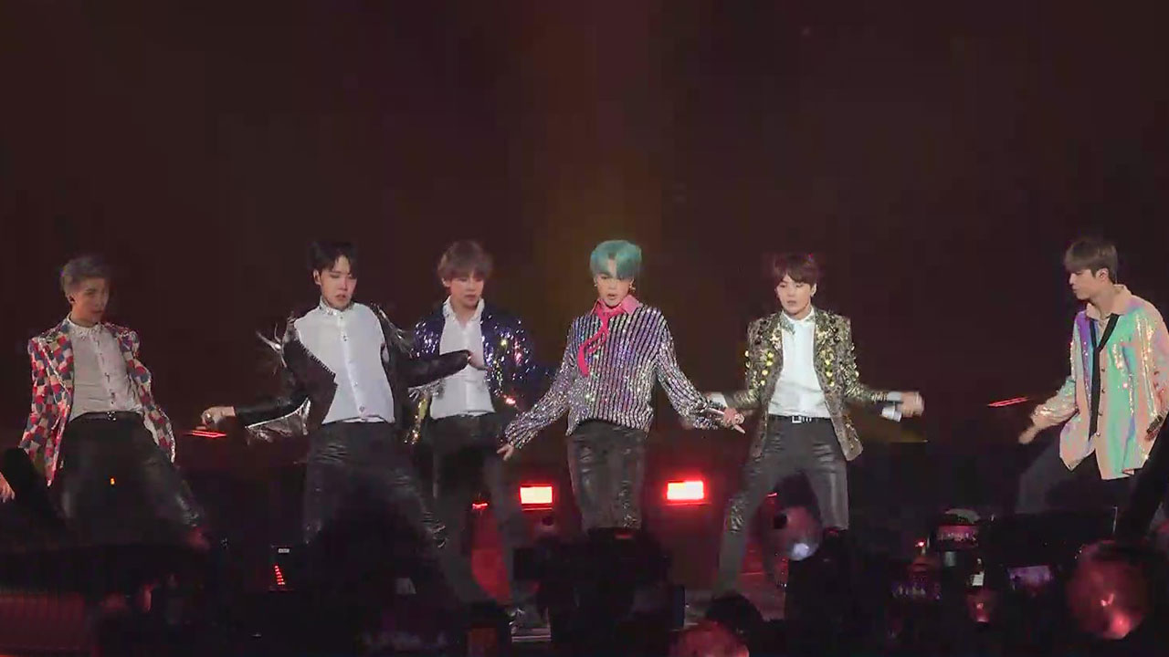 <p><Anchor></p><p>Recent Billboards announced for 2018 Best transfer 100 songs in the BTS as well as the Red Velvet, the Pentagon, IU, Korean singer singing four songs or climbed. For this year, the Korean Wave, especially K-pop as the center unfolds before the World, Music fans fascinated.</p><p>Music market the heart to turn conquest for BTS popularity of Syndrome level.</p><p>Long practice with the chopped colorful group dance and singing skills in addition to</p><p>Trouble and frankly the lyrics in the fence and to communicate with fans and grow together to look at the World with enthusiasm.</p><p>BTS is at the UN General Assembly speech and</p><p>During our weekly time of the next generation leaderforever, and the World of youth spokesperson!</p><p>K-pop characteristic of the planning system to marginalize was the major media links external BTS and K-pop craze.</p><p>Exos new album Billboards 200 chart entry is made, and the Asian circle-stop girl groupas the best popularity.</p><p>The New York Times Select the years best songs at BTS and black with pinks song is voted.</p><p>Before World Music fans fascinated K pop forward in the New Year.</p><p>Kim Soo-Hyun</p>