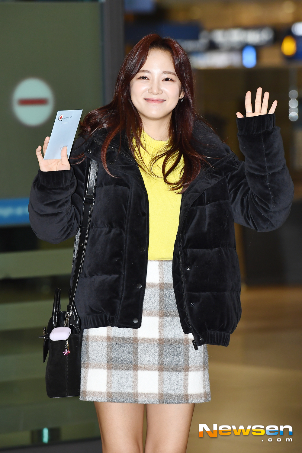 <p>Gugudan(gugudan) member washing this 7 Days am Incheon Jung-operation in Incheon International Airport via Taiwan set a distinctive program'beginner or women red-white Arts Awards'recording and entry.</p><p>Gugudan(gugudan) member washing this airport fashion and entry.</p>