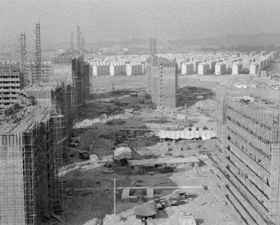 1970년대 후반 잠실아파트 공사 현장 (사진출처: 서울역사박물관)