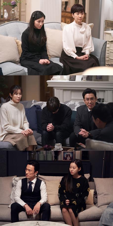 'SKY 캐슬' 스틸컷이 공개됐다. HB엔터테인먼트, 드라마하우스 제공