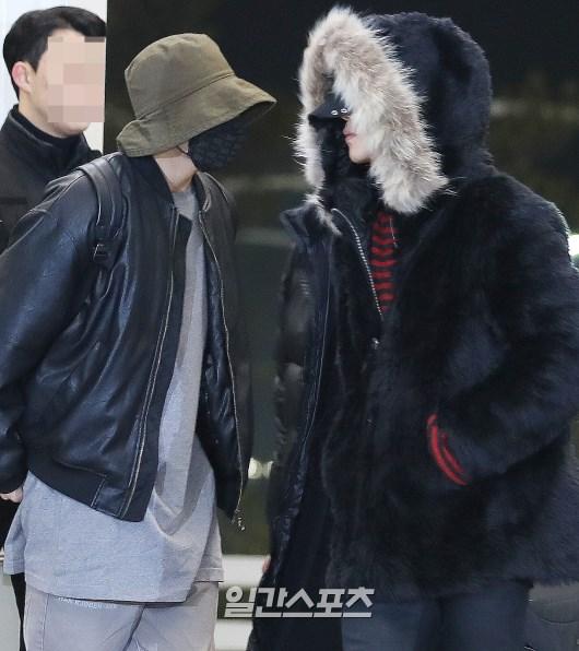 [포토]방탄소년단,정국 지민 완벽하게 가린 얼굴
