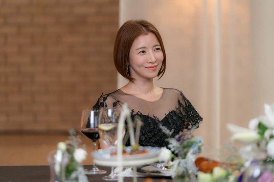 'SKY 캐슬'에서 노승혜 역할을 맡은 윤세아. 로스쿨 교수 사모님으로 우아한 매력을 뽐낸다. [사진 JTBC]