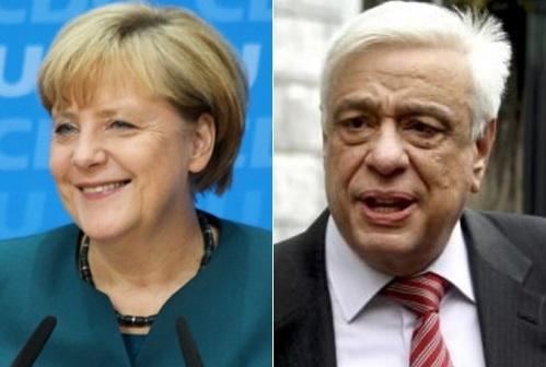 앙겔라 메르켈 독일 총리(왼쪽)와 프로코피스 파블로풀로스 그리스 대통령.