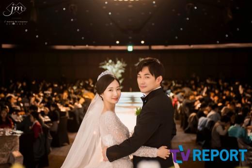 [단독] V.O.S 김경록 장가가는 날..미모의 신부 공개 | 인스티즈