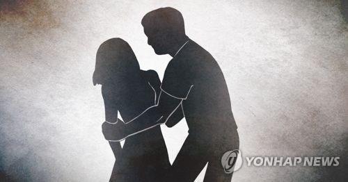 성추행.기사와 관련 없음.(PG) [연합뉴스 자료사진]