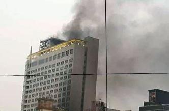 천안 호텔 큰불..19명 병원 이송