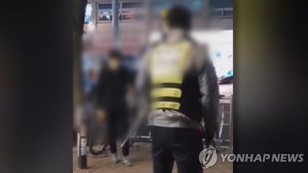 암사역 칼부림, 경찰 미온 대응 논란?..현장 CCTV 살펴보니