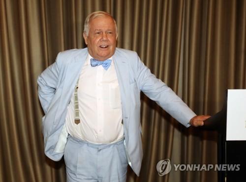 지난해 7월 2일 서울 여의도 콘래드호텔에서 열린 기자회견에서 짐 로저스 회장 모습. [연합뉴스 자료사진]