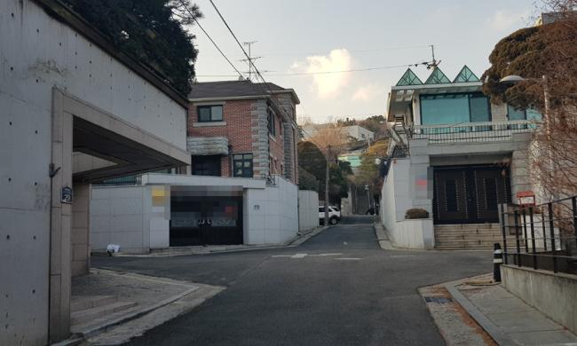 [사진=전국 표준단독주택 22만가구 중 가장 비싼 주택이 위치한 서울 용산구 이태원로(한남동) 인근]