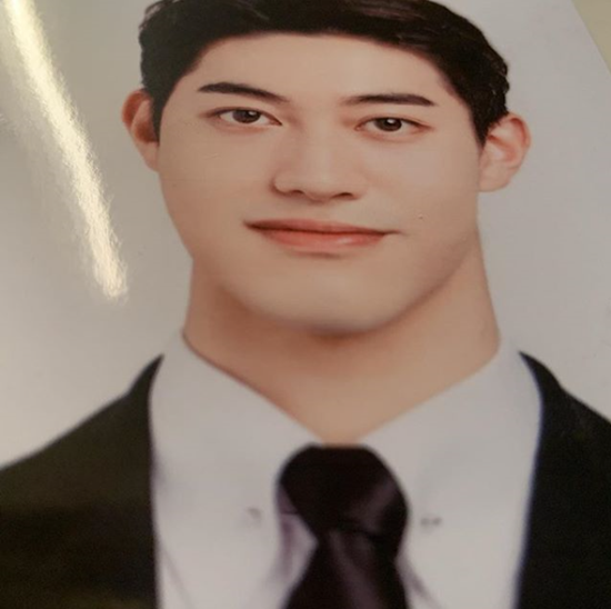 <p>Kwak 워크샵 Dong-yeon in the last 27 days of his Instagram, the thick neck of my strength not to prove the phrasewith the US.</p><p>Photo belongs to UN modest dress of the ID photo. Come from below and that Camera angle because Kwak 워크샵 Dong-yeons heart-warming appearance that Hatch earthenware.</p><p>This on SBS On the theme vengeance is backwith the appearances of Yoo Seung-ho said, and the really handsome this photo is admitted thatthe comment and all the bread I am.</p>