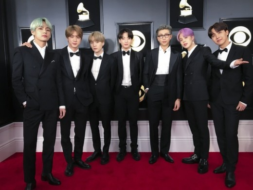 """<p> BTS this '61st Annual Grammy Awards' Red Carpet, stepped on.</p><p>BTS is 10 days(local time) in Los Angeles, USA Staples Center opened in '61 annual Grammy Awards(61st Annual GRAMMY Awards)' award winners attended. Academy Awards, ahead of the advancing Red Carpet events attended by the BTS is """"in this place, the very excited. This is where we have the incredible""""inspiration feel exposed.</p><p>This day just for you with Red Carpet, which appeared in the BTS is a local multiple media and through interviews Golden Disc Awards in attended feelings. """"It first was brought. Glory. This is the moment to enjoy. Like a dream at the moment. This moment is possible not to thank ... """"and glad moment in a fan club AMI did not forget.</p><p>The Billboard Music Awards, American Music Awards, until I attended was the BTS is the next target as the 'Grammy Awards'is considered was right. BTS is the """"Grammy on the goal. Our Hope in this stale.""""said gratifying feelings exposed.</p><p>Academy Awards in want the artist to ask questions in the BTS is """"Lady Gaga, Camilla Cavett, Travis Scott, etc all""""answer to prayer.</p><p>This time, the Academy Awards attend until just before the new album in full swing in preparation was that they """"(the next album) will be released soon. Collaborated, solo song might have. The plane climb up to the overnight action had""""and Rob the store.</p><p>Meanwhile, BTS is a Korean singers first Grammy Awards given in the official invitation no, this Academy Awards Awards free. This in BTS 'Billboard Music Awards', 'American Music Awards'in the USA 3 ke Music Academy Awards in all the invitation that history stood.</p>"""