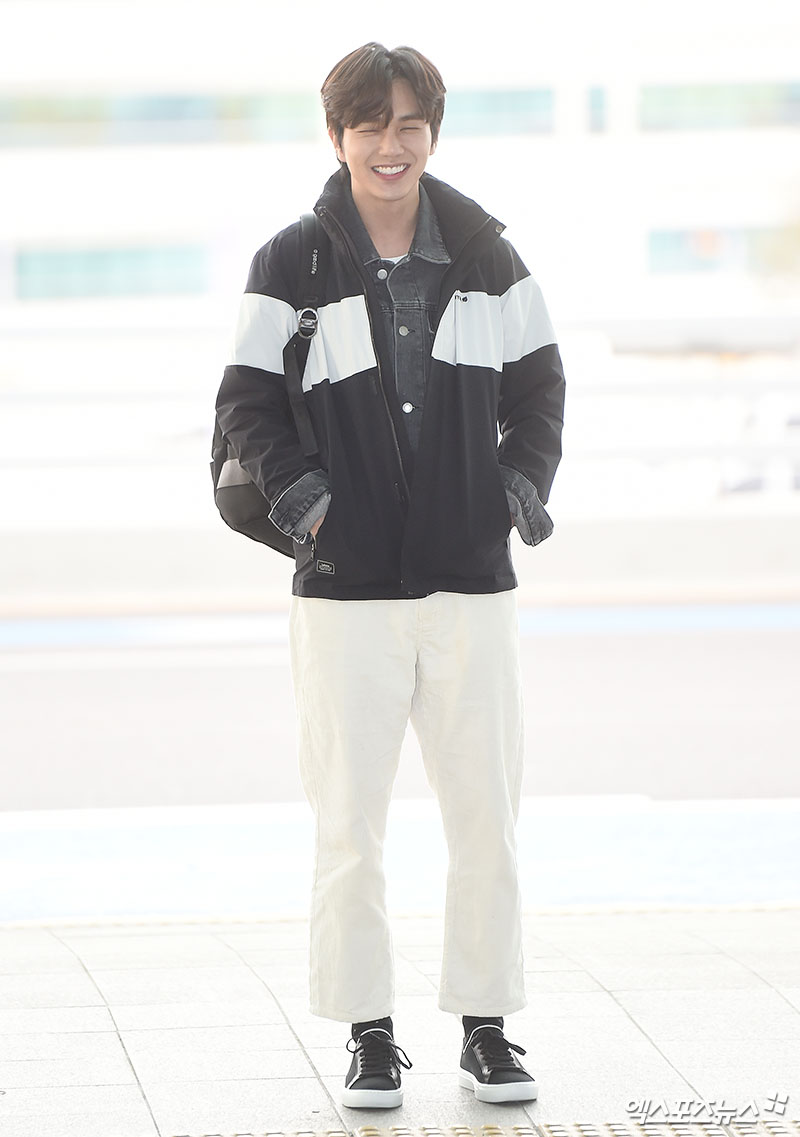 <p> Actor Yoo Seung-ho the fashion magazine photo shoot car 10 afternoon, the Incheon International Airport via United States of America to Los Angeles Departure.</p>