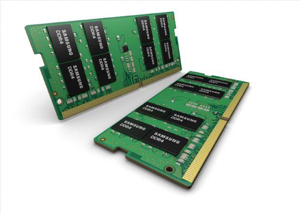 삼성전자의 노트북용 10nm급 32GB DDR4 SoDIMM. (사진=삼성전자)