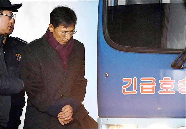 """안희정 부인 민주원 """"김지은, 미투 아닌 불륜..안·김 용서 못해"""""""