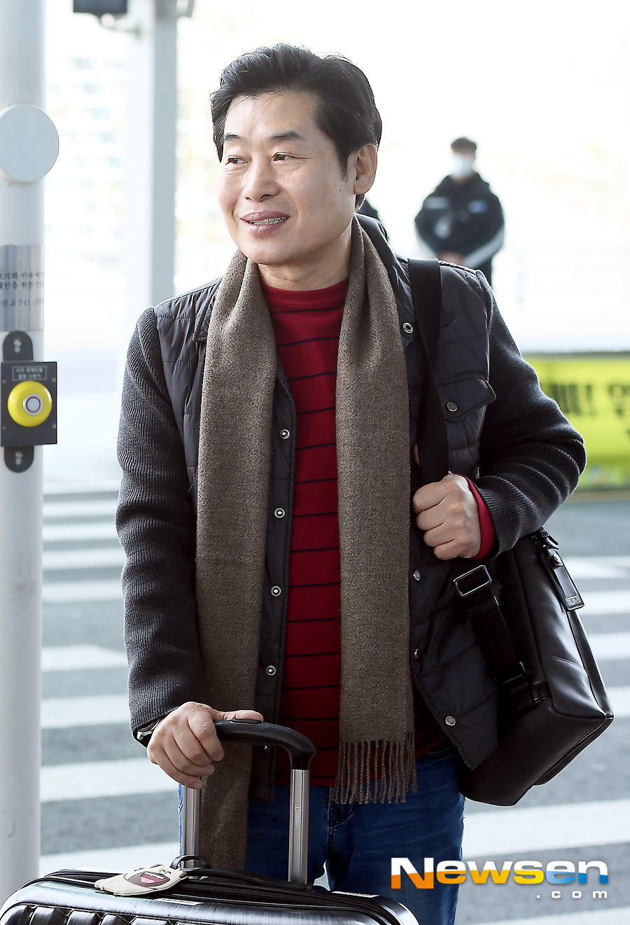 <p>Lee Yeon-bok chefs from local food Hill near the 3 shooting car 3 month 3 days afternoon Incheon International Airport to the United States through San Francisco on departure.</p><p>This day, Lee Yeon-bok chef departures.</p>