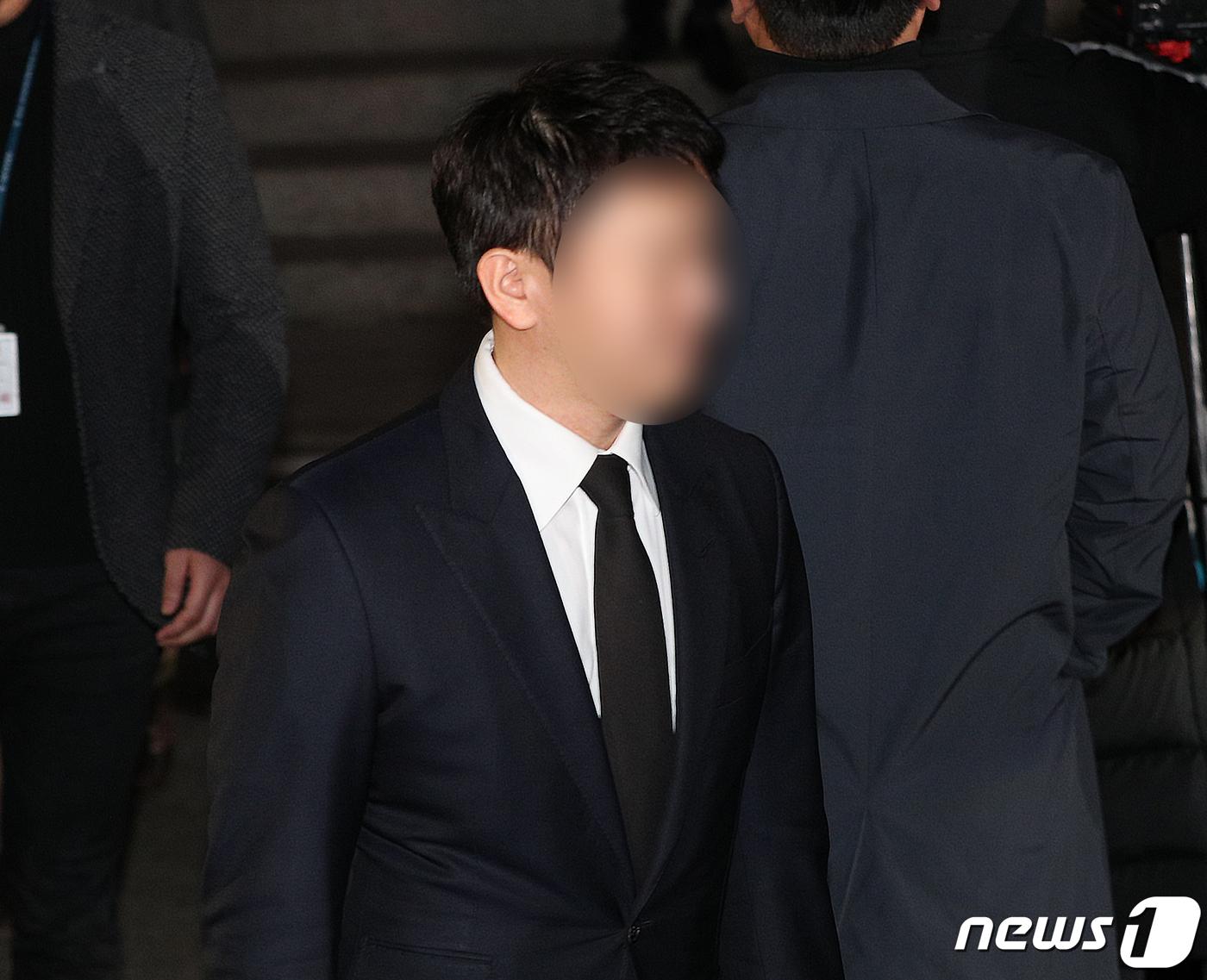 """승리단톡 '경찰총장' 지목 현직총경 """"조직에 누 끼쳐"""" (종합2보)"""