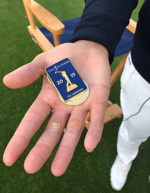 플레이어스 챔피언십 배지를 받은 임성재 프로. 사진제공=PGA투어