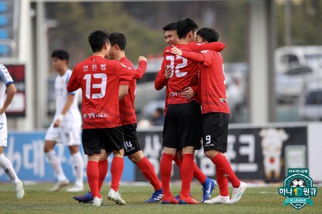 상주 선수들이 득점 후 기뻐하고 있다. 사진제공=한국프로축구연맹