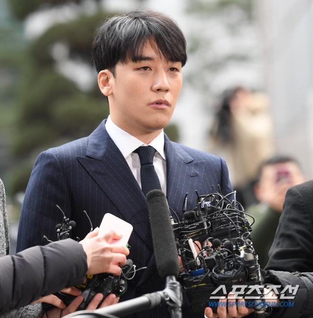 """승리 드디어 밝힌 심경고백 """"성매매 알선→원정 도박 없었다""""[종합]"""