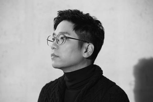 신보 '흔적 파트 2' 내는 이적 [뮤직팜 제공]