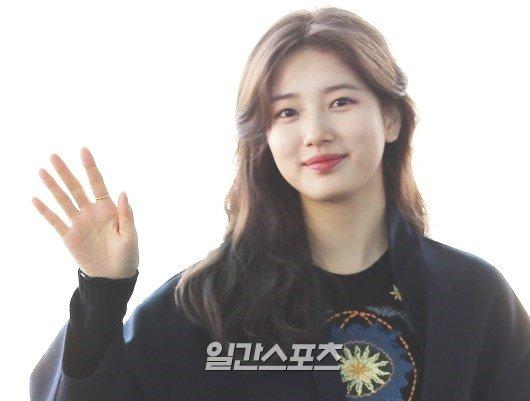 [단독]수지, 9년 소속된 JYP 떠난다