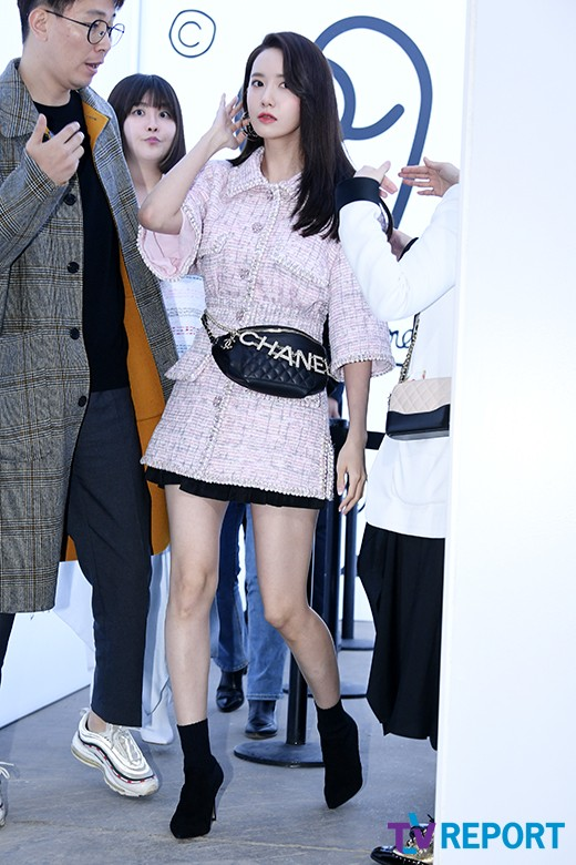<p> Girl group Girls Generations Im Yoon-ah with 28 afternoon Seoul Seongdong-GU Seongsu-dong Daelim warehouse in an open fashion brand attended the event.</p>