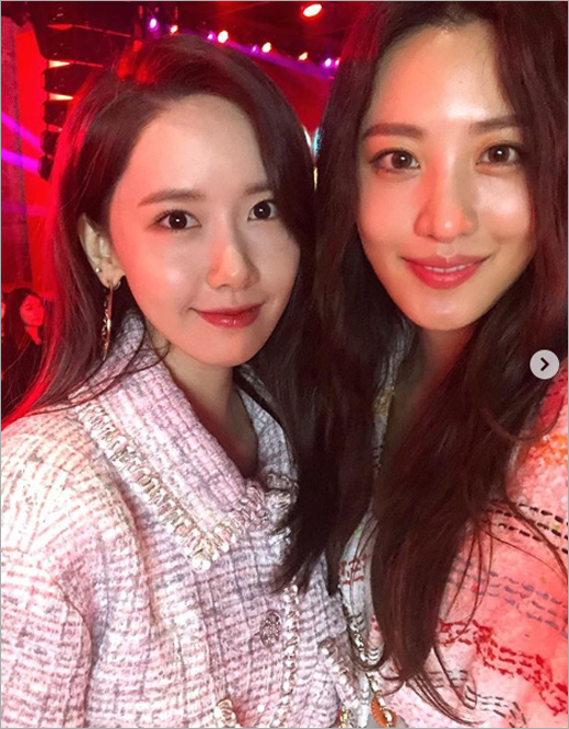 <p>Claudia Kim is 28, your own Instagram photos to post.</p><p>Public photo belongs to Claudia Kim is 28 afternoon Seoul Seongsu-dong for Dialog and progress in the fashion brand launch celebrations together in as a guest to attend for Im Yoon-ah with a commemorative photo shoot.</p><p>Meanwhile Claudia Kim is the recent MBC Entertainment not meddle with timeby the fans received a lot of love.</p>