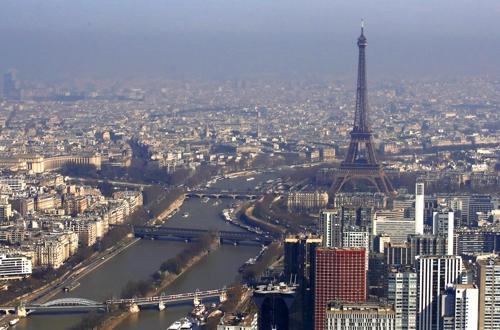 (파리 로이터=연합뉴스) 2019년 2월 에펠탑과 파리 시내 모습