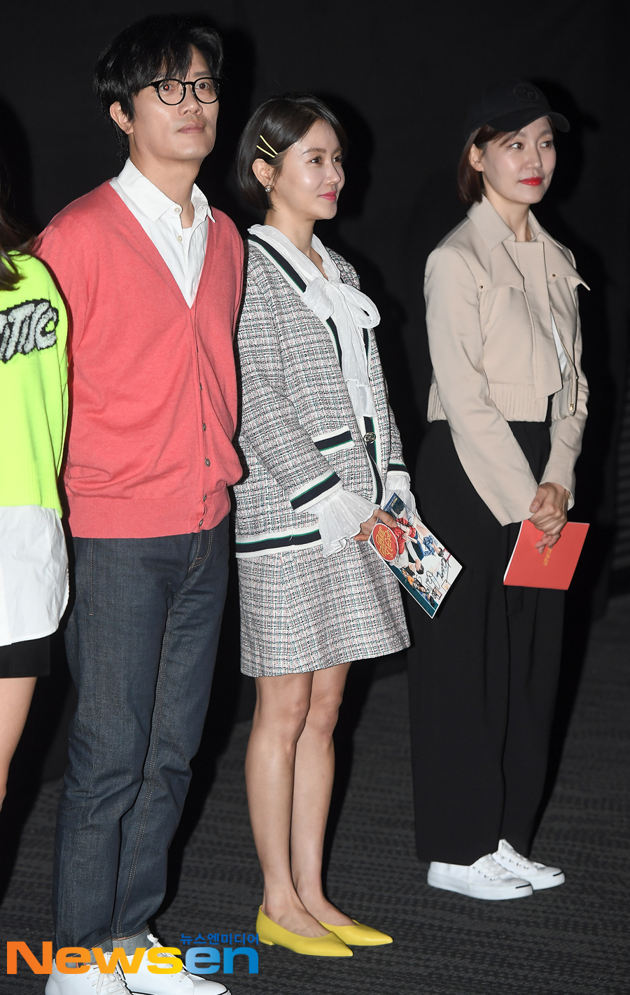 <p>The movie sun kiss family(Director Kim Ji Hye) stage is 3 30 afternoon, Gangnam-GU, Seoul Megabox COEX on the open.</p><p>This day, Hwang Woo-seul-hye have attended.</p>