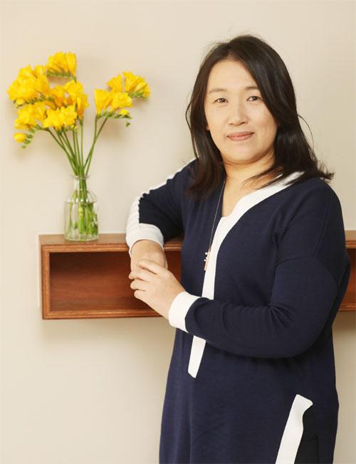 '여자들의 등산일기' 국내 번역 출간한 日 소설가 미나토 가나에[꼬부기 토토|추천릴개임]