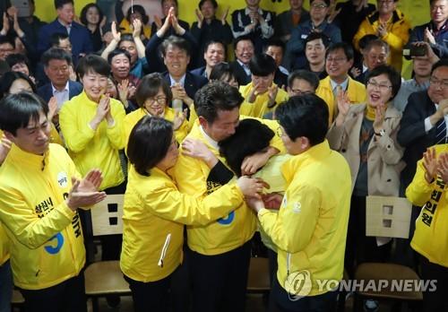 창원성산 정의당 사수·한국당 탈환 실패..경남 정치권 득실은[마우스 토토|추천바다사이트모음]