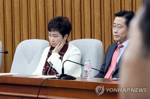 바른미래, '손학규 찌질' 발언 이언주에 당원권 정지 1년[뉴블루오션|허슬러 토토]