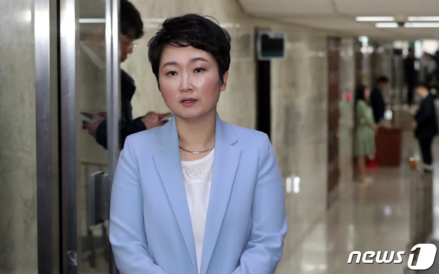"""'당원권 정지' 이언주, 오늘 재심 신청 마감이지만..""""안할 것""""[호게임 아방 토토]"""