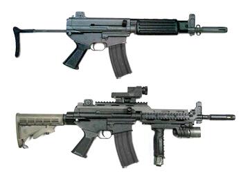 순수 국산 소총 시대를 연 K1의 개량형인 K1A 기관단총과 레일을 설치해 조준경과 손잡이를 부착한 개량형 K1A. 제작사인 S&T 모티브는 K1A 소총의 휴대성은 유지하되, 내부 설계를 완전 바꾼 새로운 국산 기관단총을 올 가을까지 개발, 차기 기관단총 수주경쟁에 나설 계획이다. 군에 납품된 K1 계열 소총은 18만정으로 차기 기관단총 역시 중장기적으로 적지 않은 물량이 소요될 것으로 보인다.