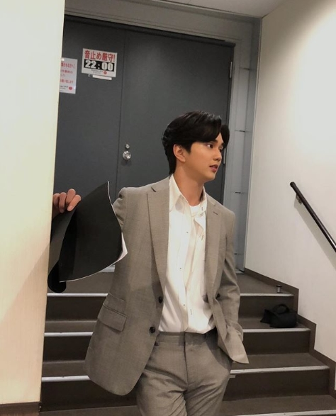 <p>Actor Yoo Seung-ho Japan Love Without Love (Live at Summer Vacation/08 held.</p><p>Yoo Seung-ho is a 5 6 personal Instagram in Tokyo, Japan Love Without Love (Live at Summer Vacation/08 ahead and taken a picture Ive posted.</p><p>Photo belongs to Yoo Seung-ho is Love Without Love (Live at Summer Vacation/08 in the waiting room get dressed and posing.</p><p>Yoo Seung-ho is a picture with the 10 minutes ago. Soon Gigiand incidentally, soon begins A Love Without Love (Live at Summer Vacation/08.</p><p>Meanwhile, Yoo Seung-ho is a 5 on 4 December in Osaka, 6 days Tokyo Love Without Love (Live at Summer Vacation/08 progress.</p>