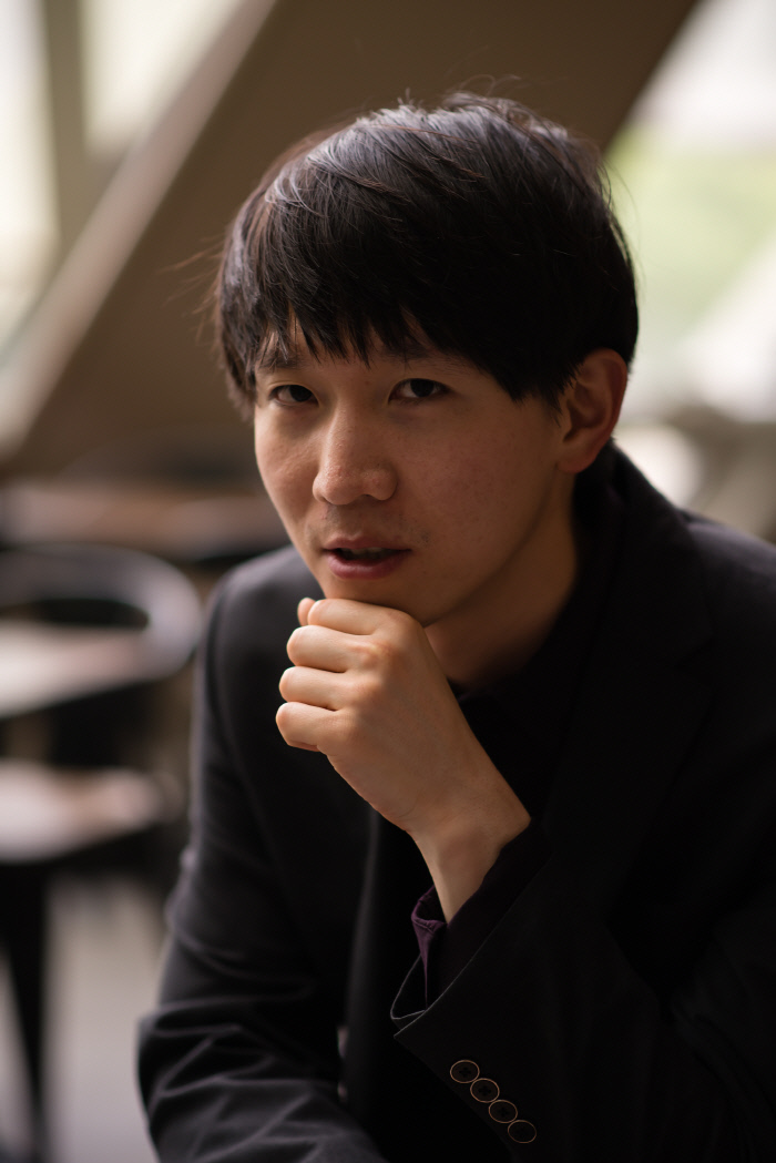'북한군 제1광수' 지목된 광주 시민군..넝마주이였던 그의 행방은?[최신스톰껨 하이넷게임]